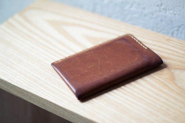 工房にある革小物 – 工房長のカードケース