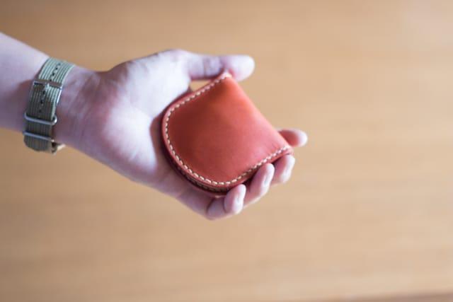 手縫いコインケース