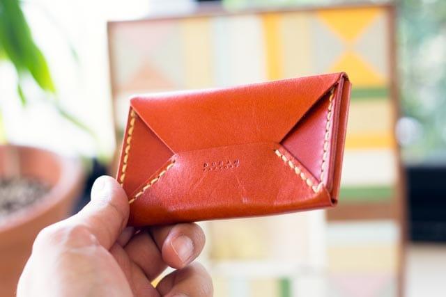 革のBoxカードケース