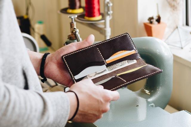 革の長財布